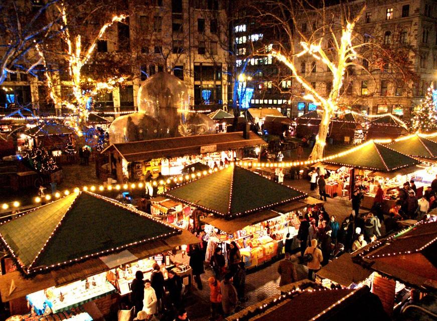 Vianočné trhy v Budapešti – skutočne najkrajšie v Európe  - Go2trip ... 4e71b26c573